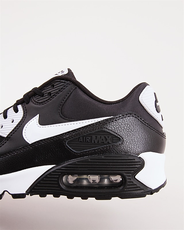 Nike Wmns Air Max 90 Essential 616730 023 Footish: If