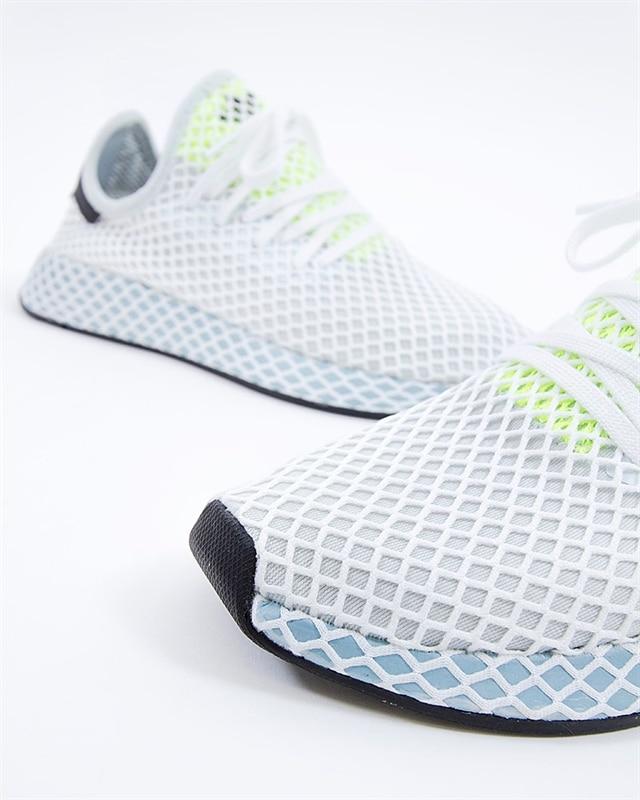 b44d71a3e4d0d adidas Originals Deerupt Runner W (CG6094). 1