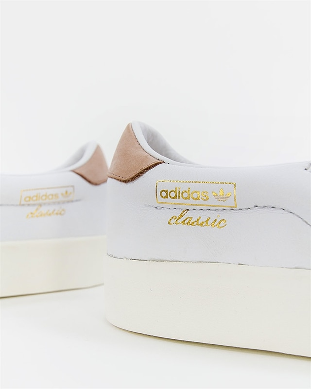 adidas Originals Everyn Slip On W CQ2060 White Footish: If you're into sneakers