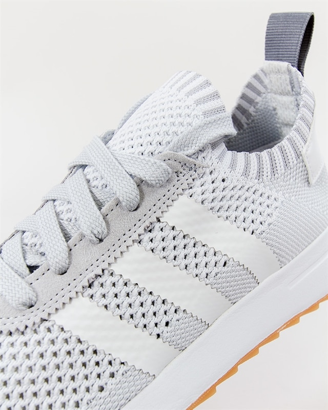 Christmas present Adidas NMD Runner R1 White pink Boost