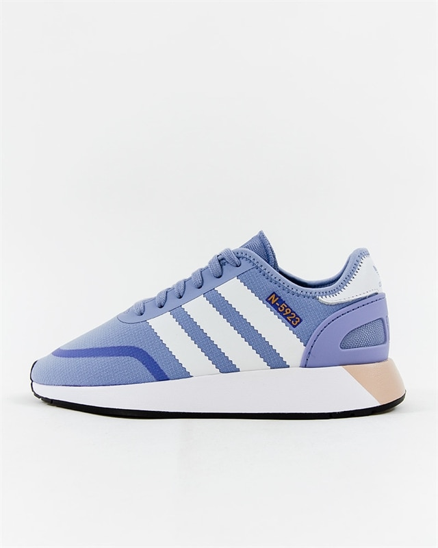adidas Originals Iniki Runner BY9731 Footish: If you´re into sneakers