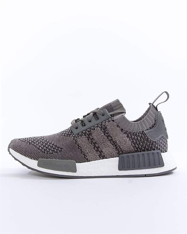 adidas Originals NMD R1 PK | EE3650 | Svart | Sneakers | Skor | Footish