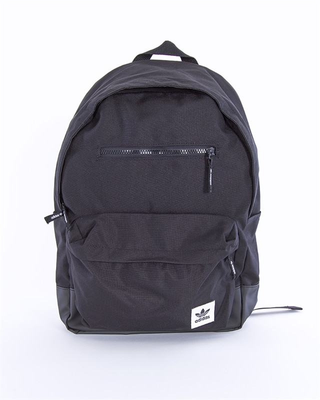 adidas Originals Premium Essentials Modern Backpack | EK2882 | Black | Kläder | Footish