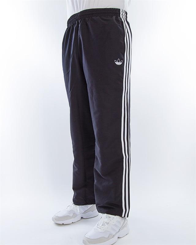 adidas Originals Straight 3 Stripe Trackpant | EK2898 | Black | Kläder | Footish