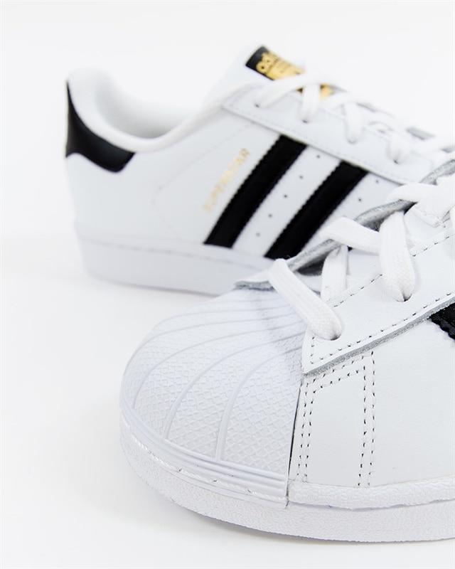 new product 6384b d5271 adidas Originals Superstar