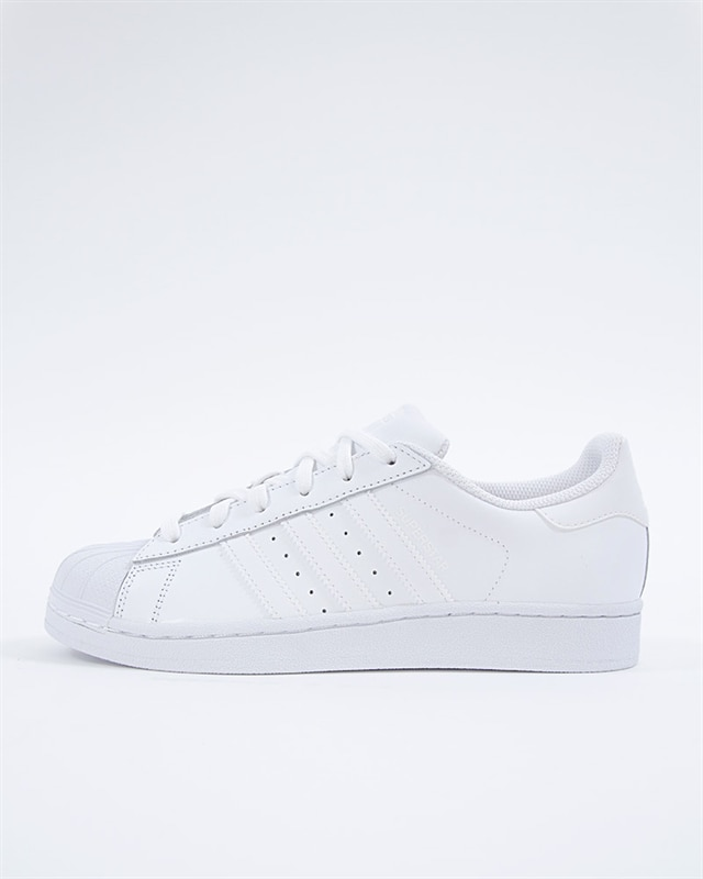 hot sale online 75fa7 77437 adidas Originals Superstar J