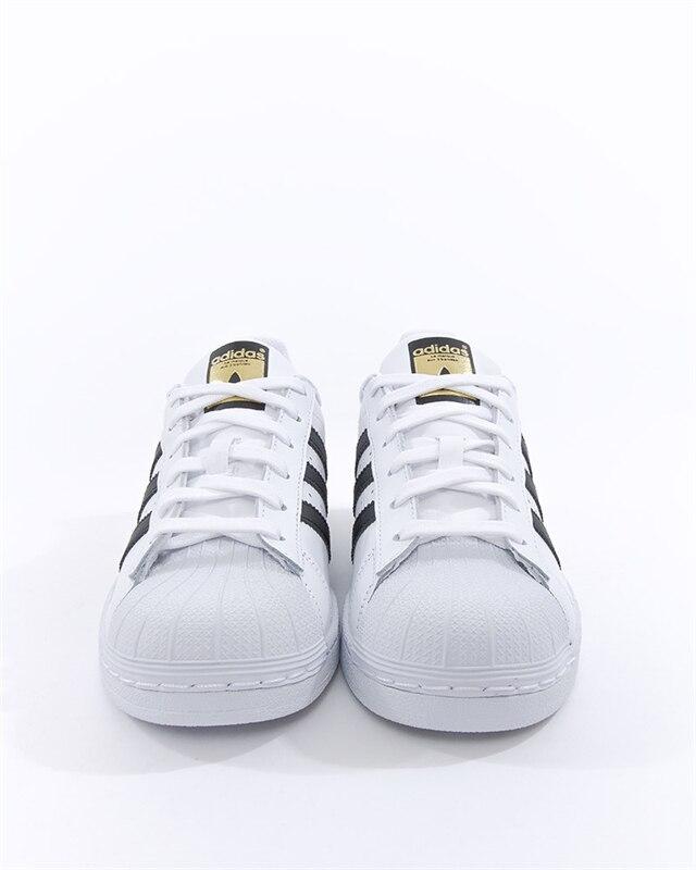 premium selection 429d4 62486 adidas Originals Superstar J (C77154). 1