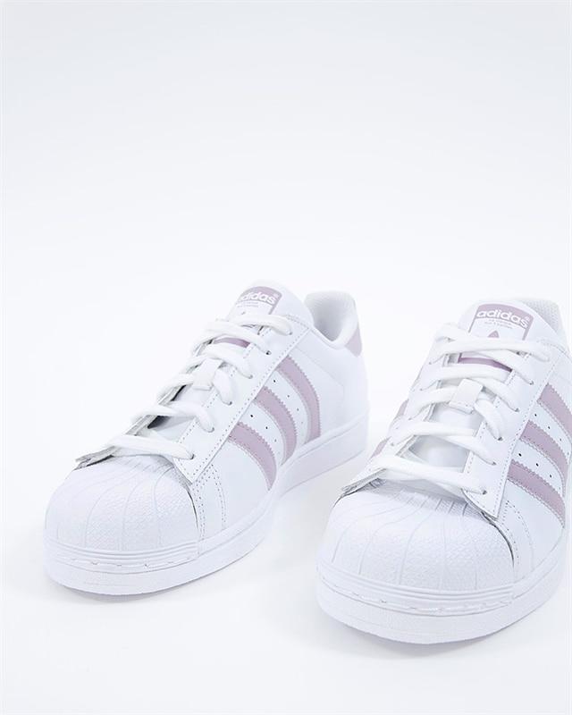 Superstar W (Ftwwhtsofviscblack) (999 kr) adidas