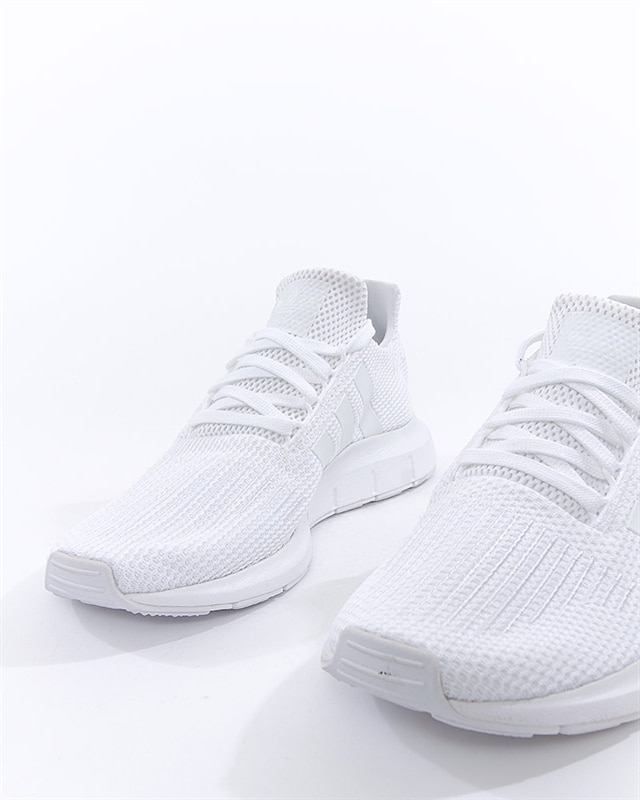 523d3c90709 adidas Originals Swift Run