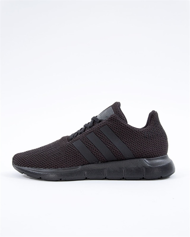 9c92e440885 adidas Originals Swift Run J | F34314 | Black | Sneakers | Skor ...
