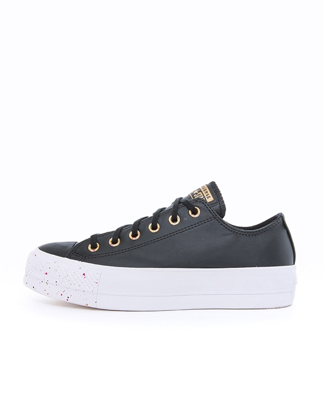 Converse sale: Get a pair of classic Chuck Taylors at a