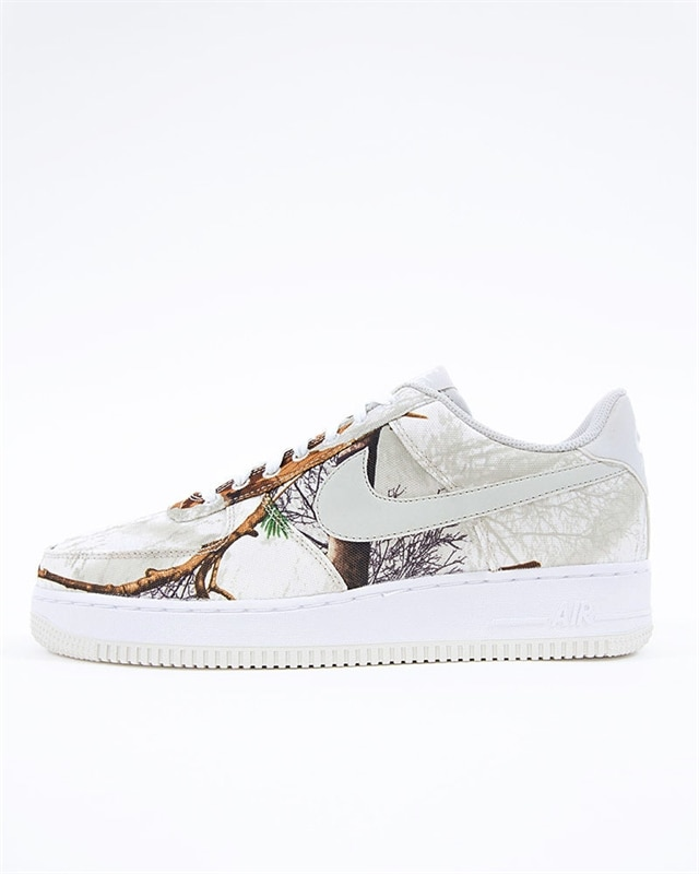 free shipping bda51 e6c11 Nike Air Force 1 07 LV8 3 (AO2441-100)
