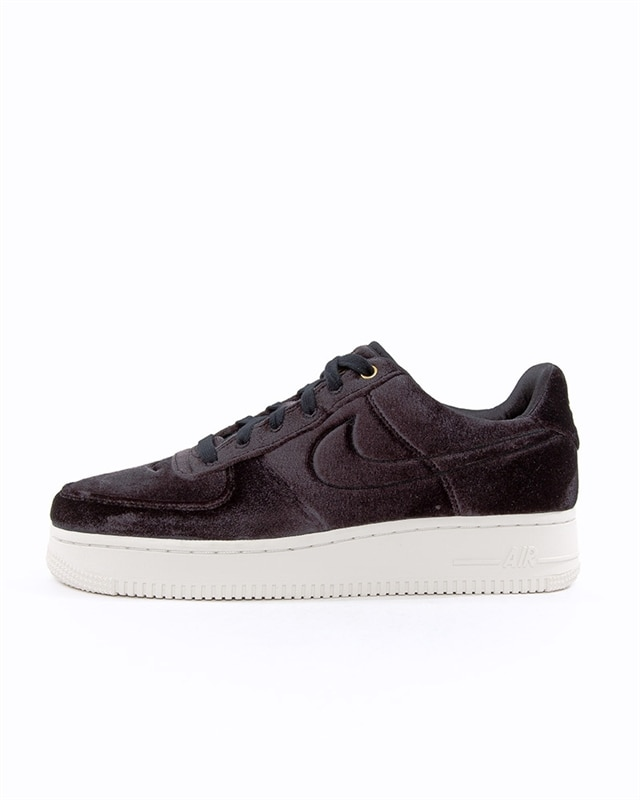 low priced d5e54 7eb30 Nike Air Force 1 07 Premium 3 (AT4144-001)