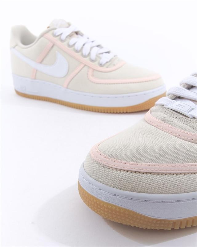 Nike Air Force 1 07 Premium | CI9349 200 | Vit | Sneakers | Skor | Footish