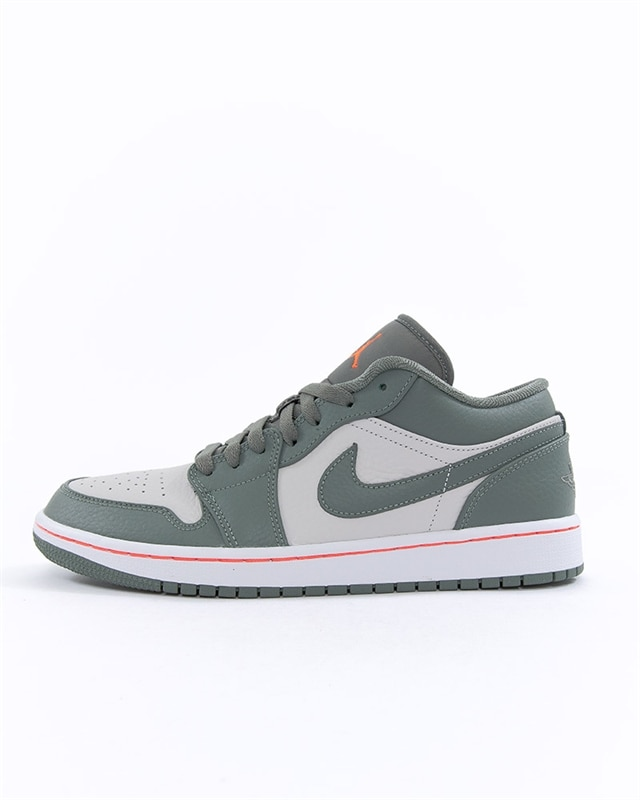 separation shoes c711a 39d14 Nike Air Jordan 1 Low (553558-121)