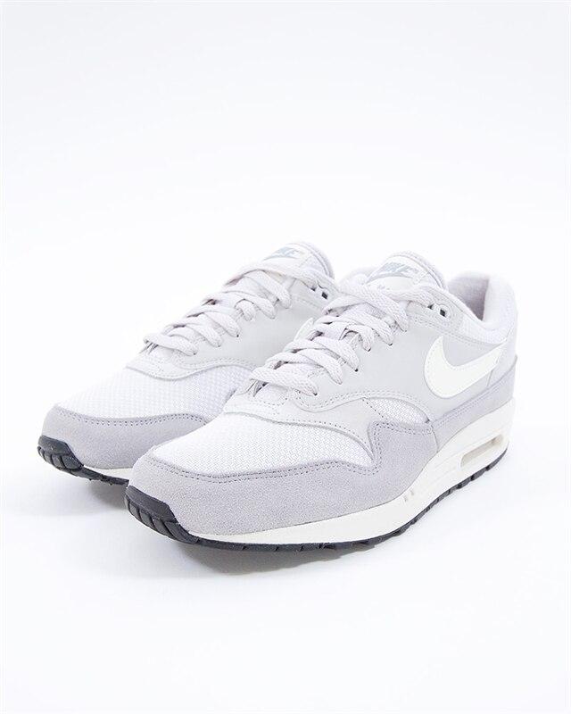 Nike Air Max 1 | AH8145 011 | Grå | Sneakers | Skor | Footish
