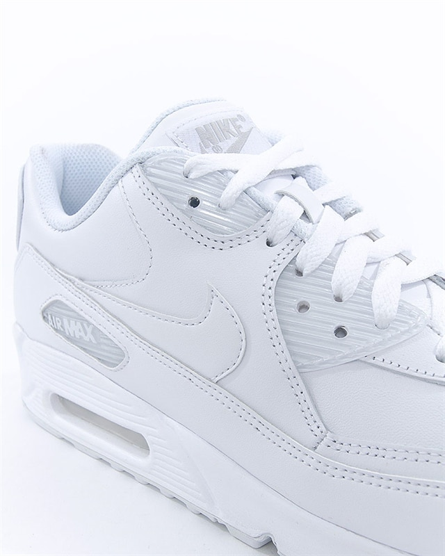 new product 1f4df b67f5 Nike Air Max 90 Leather (302519-113). 1