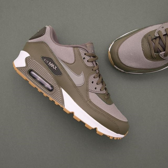 new product 5d9f7 89b1f Nike Wmns Air Max 90 – 325213-205