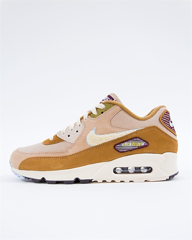 nike wmns air max 90 ultra plush 844886 400 if you´re into