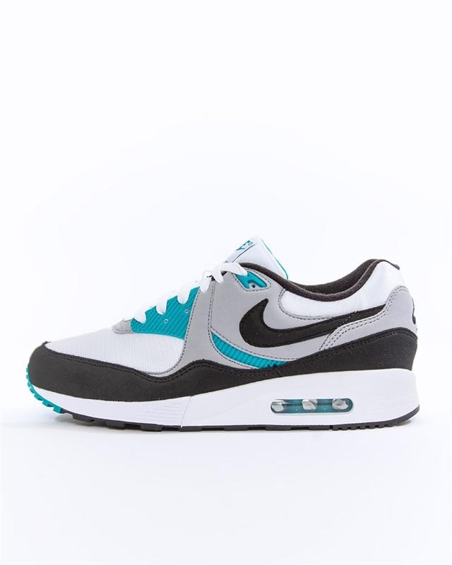 3605a2b0b3 Nike Air Max Light | AO8285-103 | White | Sneakers | Skor | Footish