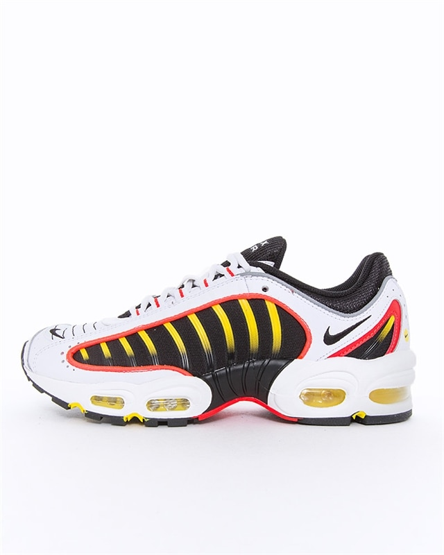 Nike Air Max 200 (GS) Sneakers BlackChrome YellowWhiteBright Crimson