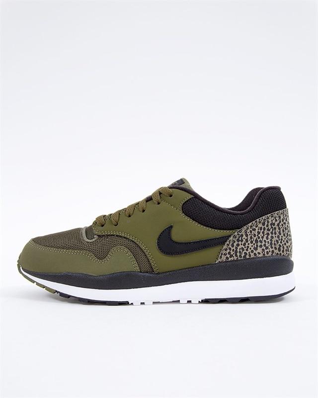 low priced c6e43 0b8b1 Nike Air Safari (371740-304)