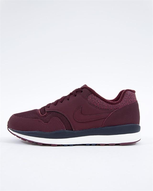 a4690441288 Nike Air Safari | 371740-601 | Röd | Sneakers | Skor | Footish