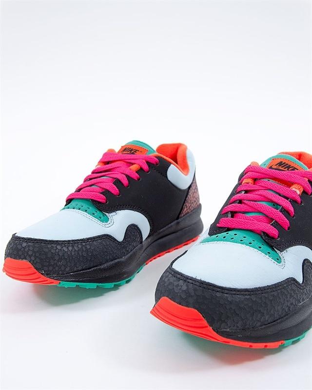 info for d510d 903be Nike Air Safari SE  AO3298-002  Black  Sneakers  Skor  Footi