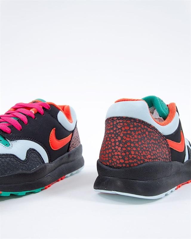 info for b7515 dcab5 Nike Air Safari SE  AO3298-002  Black  Sneakers  Skor  Footi