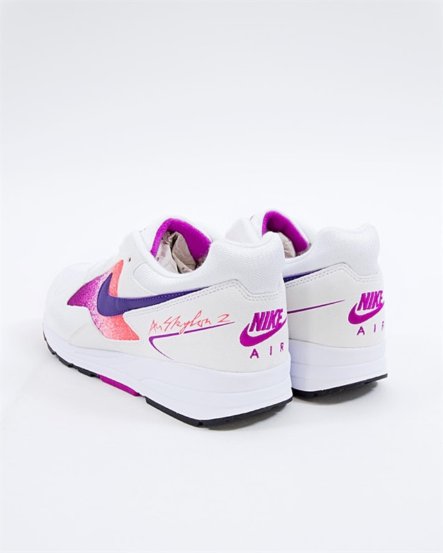 newest 5b878 c6762 Nike Air Skylon II (AO1551-103). 1