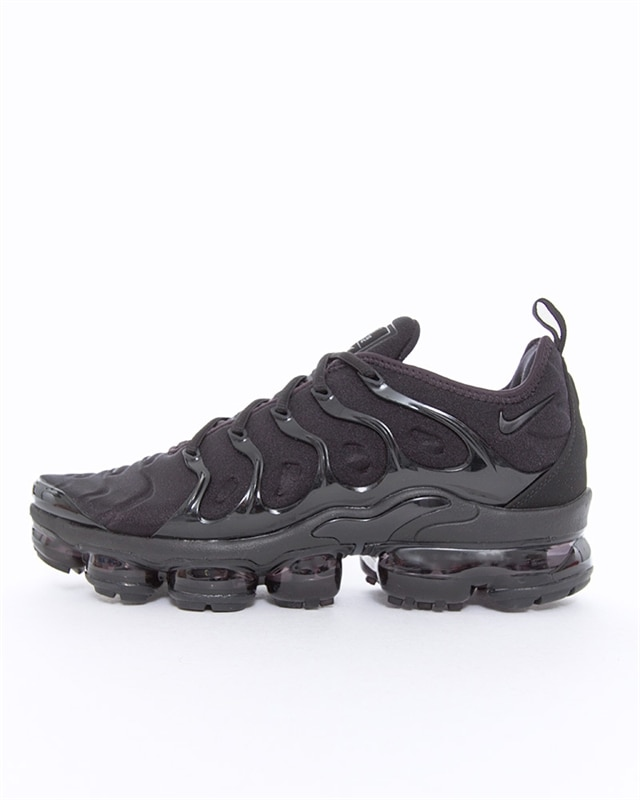 Nike Air VaporMax Plus | 924453 004 | Black | Sneakers | Shoes | Footish