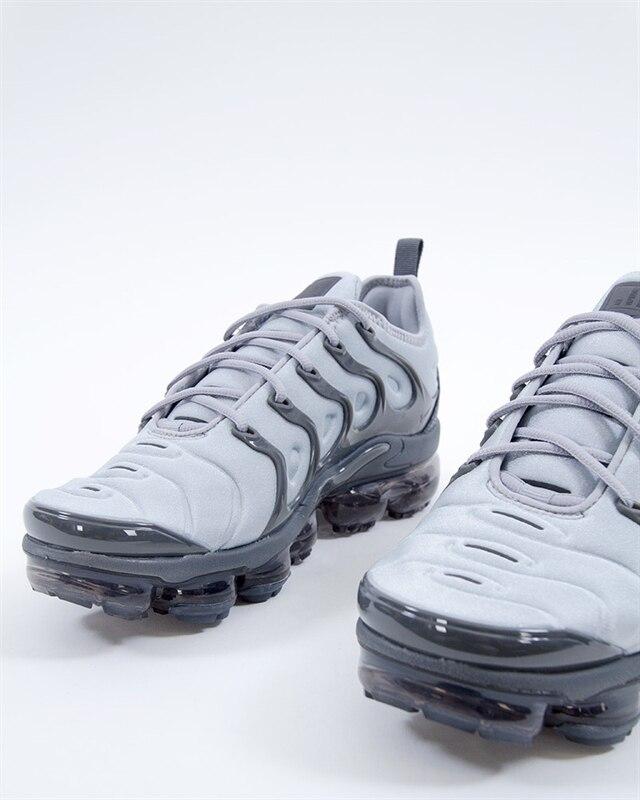 Nike Air Vapormax Plus (924453-016). 1 17dda3fe2