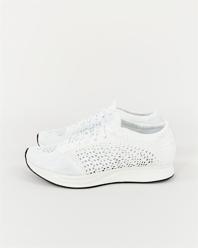 7580baaa1c40 Nike Flyknit Racer - 526628-100 - Footish  If you´re into sneakers