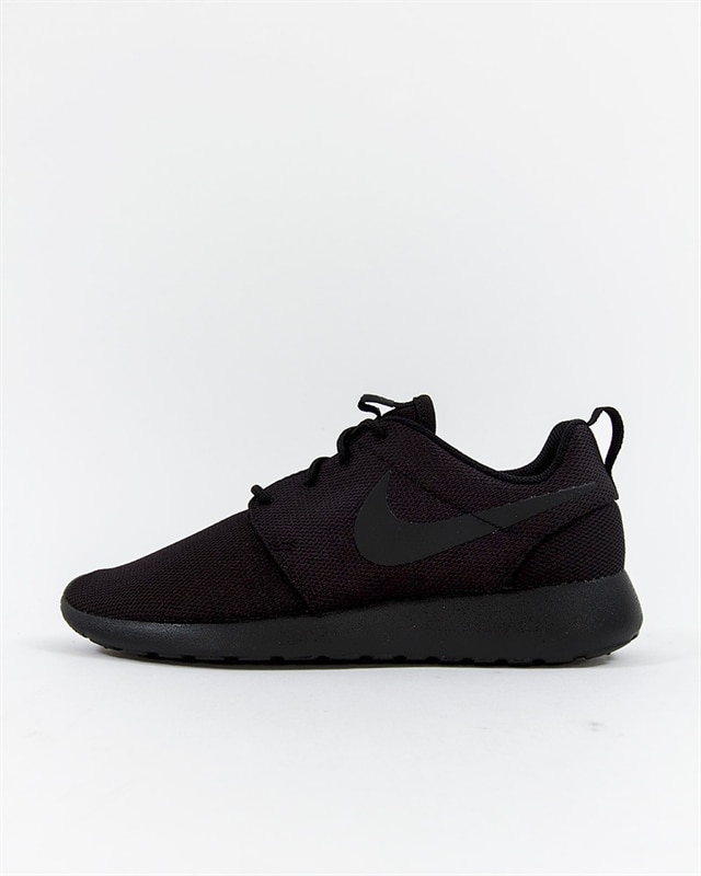 0d2e08f705a8 Nike Wmns W Nike Wmns Roshe One - 844994-001 - Footish  If you´re ...
