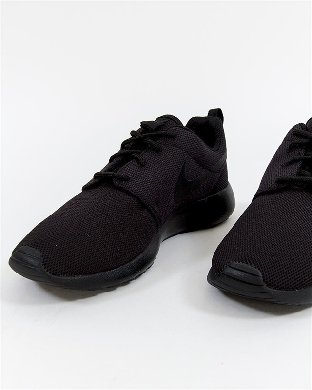8005b7f2de2b6 Nike Wmns W Nike Wmns Roshe One - 844994-001 - Footish  If you´re ...