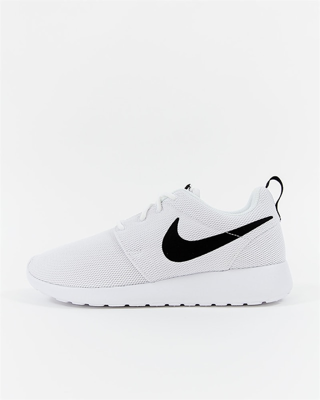 10490cfd4eb4 Nike Wmns Roshe One - 844994-101 - Footish  If you´re into sneakers