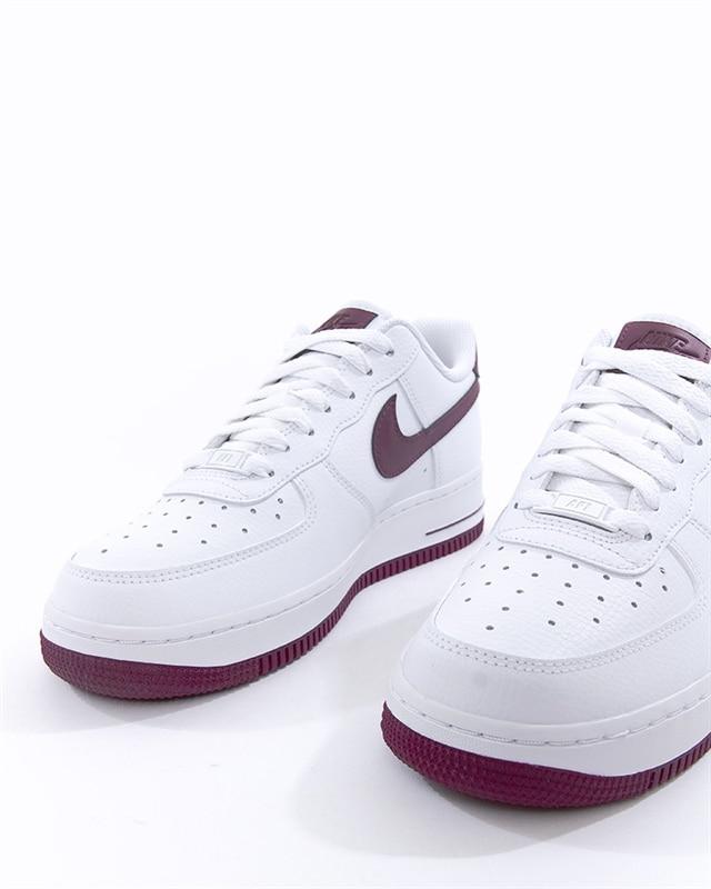 huge discount e9744 6c5b0 Nike Wmns Air Force 1 07 (AH0287-105). 1