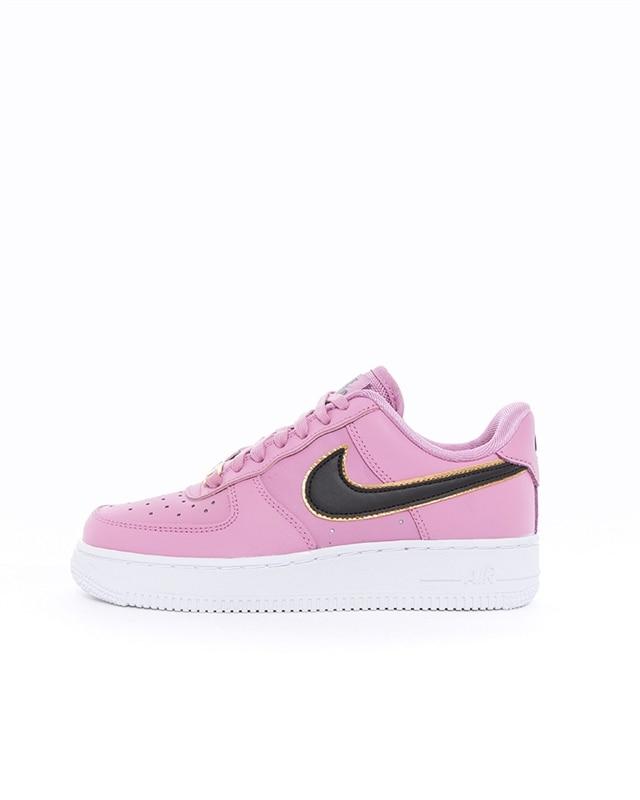 Nike Wmns Air Force 1 07 Essential | AO2132 501 | Lila | Sneakers | Skor | Footish