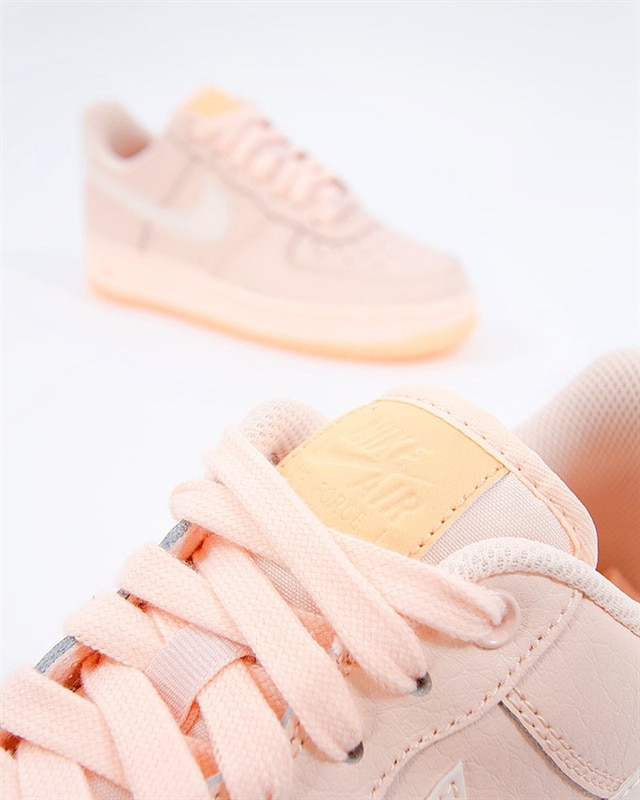 best sneakers 67602 0a192 Nike Wmns Air Force 1 07 Essential (AO2132-800). 1