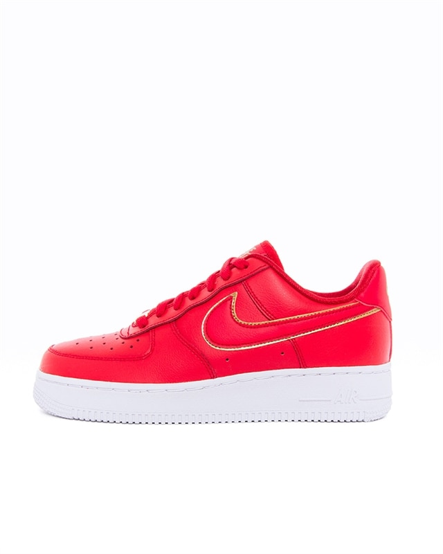 Nike Wmns Air Force 1 07 Essential Icon Clash | AO2132 602 | Red | Sneakers | Skor | Footish
