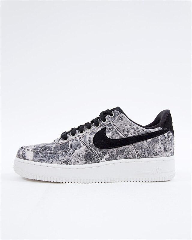 competitive price 7e626 05f1b Nike Wmns Air Force 1 07