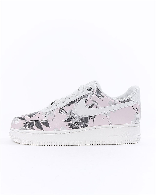 online store 00135 d8a42 Nike Wmns Air Force 1 07 LXX (AO1017-102)