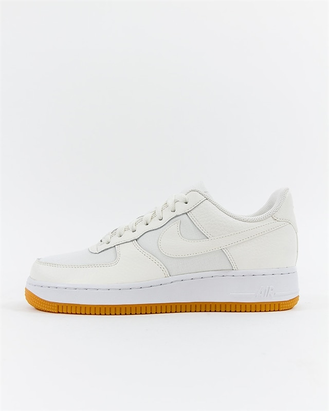 Nike Wmns Air Force 1 07 Premium (896185-101)
