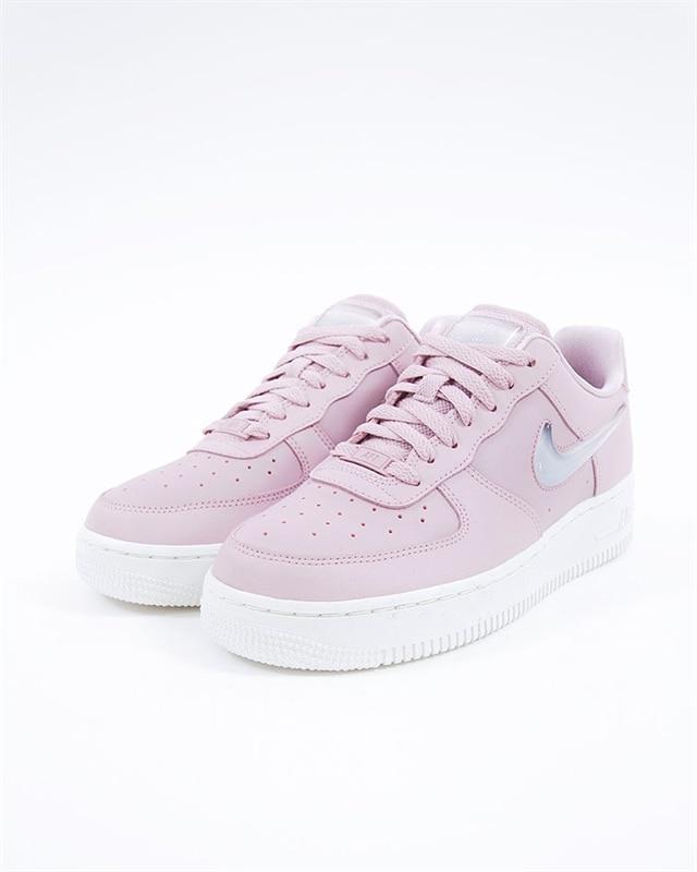 low priced 854b7 202b2 Nike Wmns Air Force 1 07 SE Premium | AH6827-500 | Pink | Sneakers | Skor |  Footish