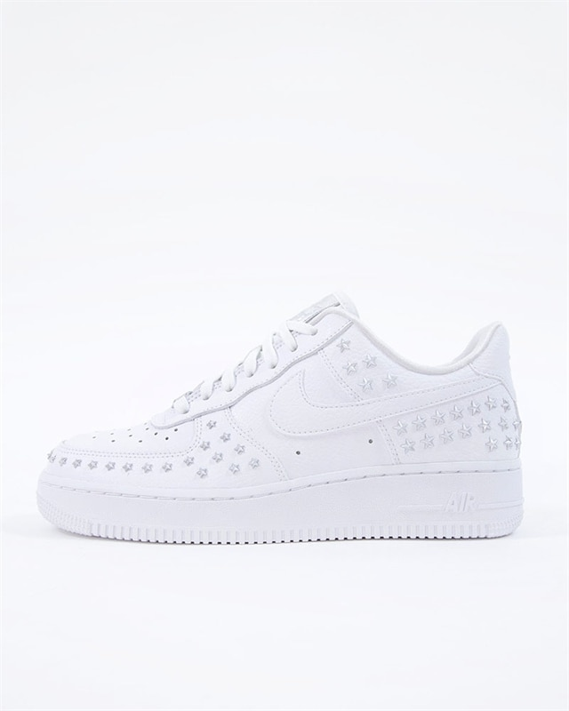 the latest fb3e0 ddd0b AR0639100 AR063910036 AR0639001. nike wmns air force 1 07 xx ar0639 100 white  sneakers skor