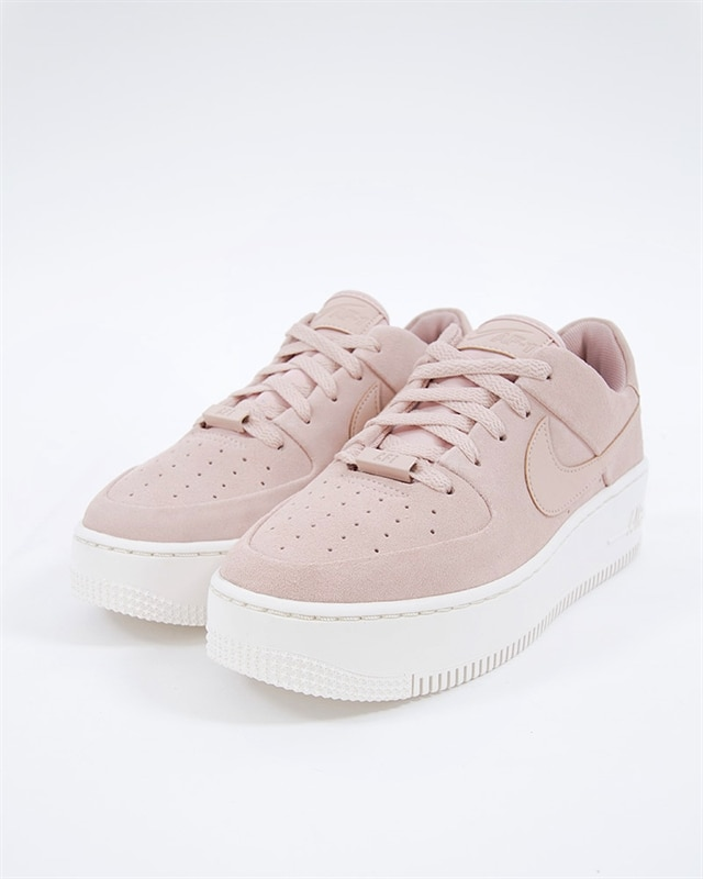 check out 2ff5e 59f7f Nike Wmns Air Force 1 Sage Low   AR5339-201   Pink   Sneakers   Skor ...
