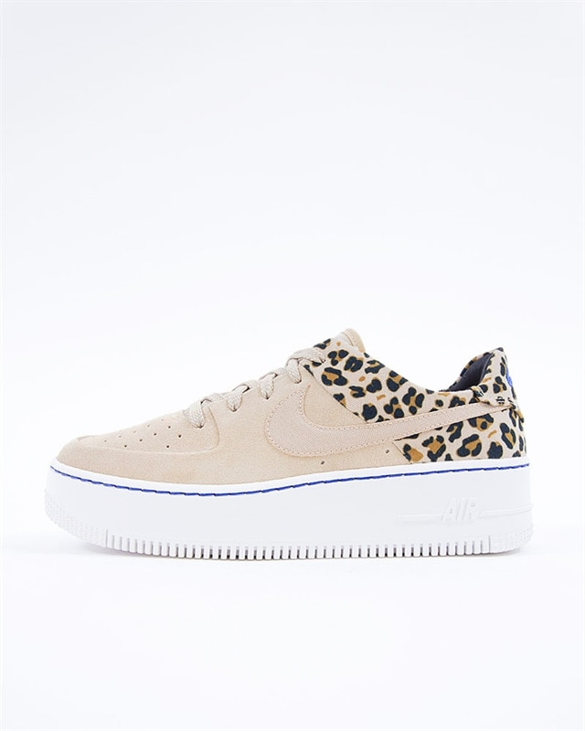 the best attitude 47497 60b7b Nike Wmns Air Force 1 Sage LO Premium