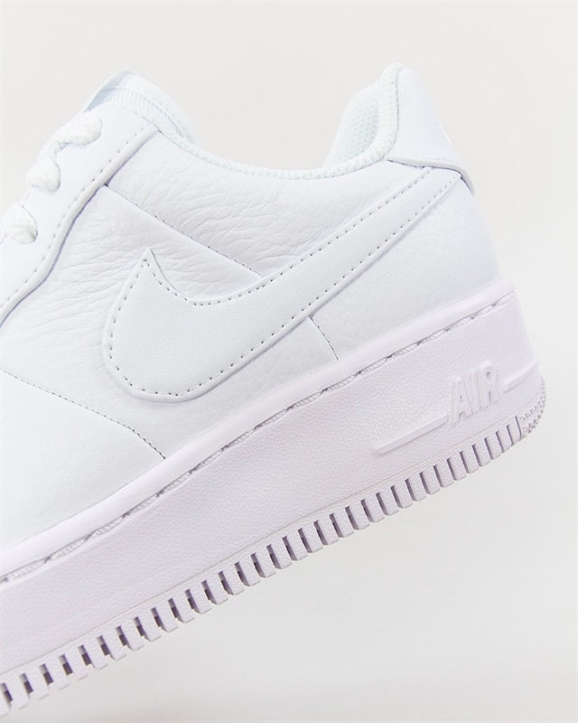 new style 4db60 192be Nike Wmns Air Force 1 Upstep (917588-100). 1