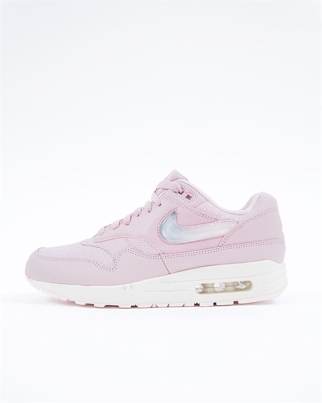new style 7a8ee e89b1 Nike Wmns Air Max 1 JP (AT5248-500)