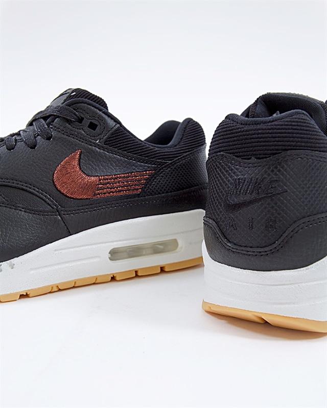 454746 020 Nike Wmns Air Max 1 Premium BlackBlack Gum